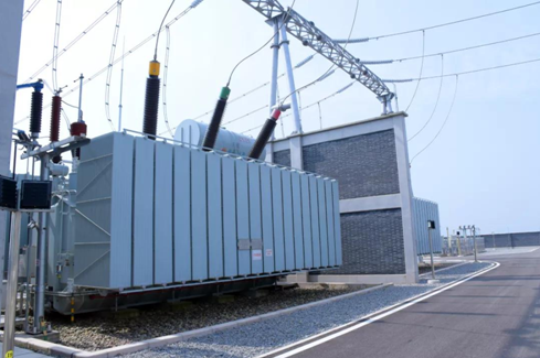 The First 220 KV Substation of Incremental Distribution Network in China Put into Operation